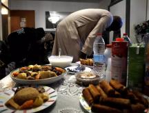 Une famille célèbre la rupture du jeûne du mois de ramadan © AFP