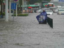 La ville de Zhengzhou, dans la province du Henan, a reçu en trois jours presque l'équivalent d'une année de pluie © Cnsphoto, Reuters