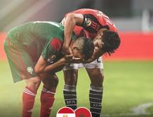 Fayçal Fajr, en pleurs, après l'élimination contre l'Egypte © DR
