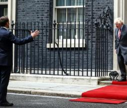 Boris Johnson accueille Emmanuel Macron à Downing Street