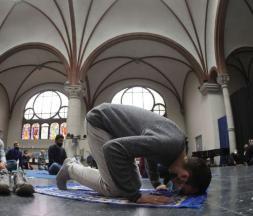 À Berlin, une église accueille la prière du vendredi