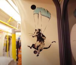 Banksy défend le port du masque dans le métro de Londres