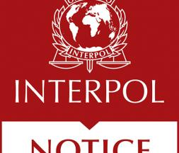 interpol rouge
