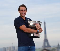 Roland-Garros : Rafael Nadal remporte son 13e trophée