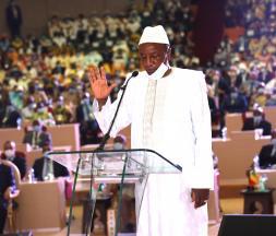 Guinée : Alpha Condé prête serment pour entamer son 3e mandat