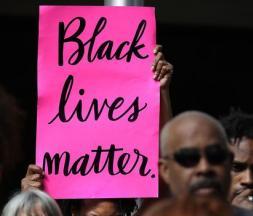 Une nouvelle vidéo de racisme indigne les Américains