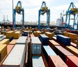 Des conteneurs au port de Casablanca © DR