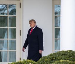 Donald Trump promet une transition ordonnée
