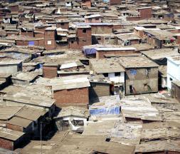 Villes sans bidonvilles : Nouzha Bouchareb fait le point
