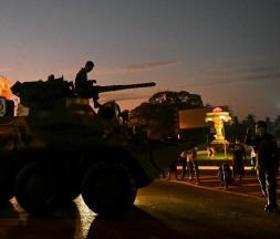 Birmanie: confrontations entre soldats et manifestants