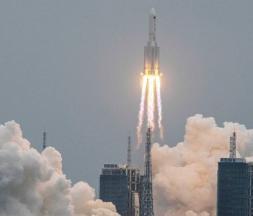 La Chine lance le premier module de sa station spatiale © AFP