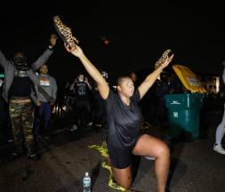 Violence policière aux USA : 2e nuit de manifestations à Minneapolis