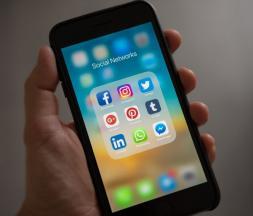 Groupe Sunergia : bilan de la consommation des réseaux sociaux au Maroc
