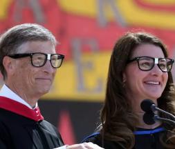 Bill et Melinda Gates à Stanford, en juin 2014 © Getty Images