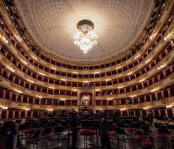 Italie : réouverture du légendaire opéra La Scala de Milan