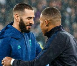 Benzema retrouve (enfin) les Bleus © DR