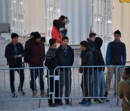 Migration clandestine : le casse-tête des mineurs non accompagnés