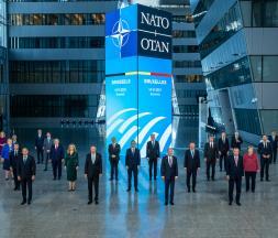 L'OTAN réaffirme sa force et interpelle la Russie et la Chine