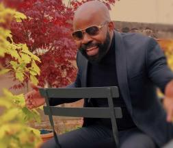 Le musicien Bantunani rend hommage à Aïcha Kendisha