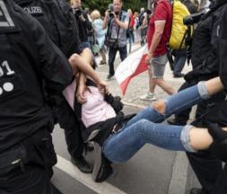 Allemagnes : de violentes manifestations contre les mesures anti-Covid