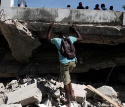 Haïti : le bilan du séisme s'élève à 1.419 morts
