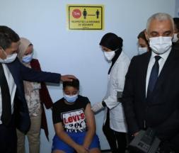 Covid-19 : les dernières évolutions de la pandémie et de l'opération de vaccination