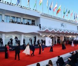 Cinéma : familles en vedette à la Mostra de Venise