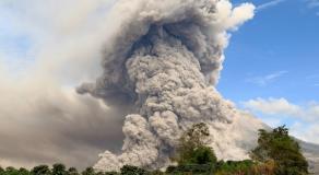 Réveil du volcan Sinabung