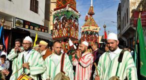 Défilé des cierges à Salé