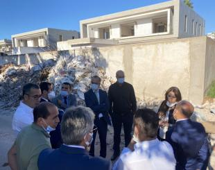 Nabila Rmili lors d'une opération terrain à Casablanca