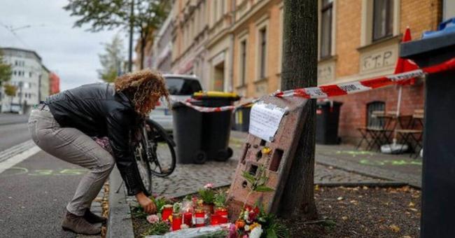 """Un attentat """"xénophobe"""" tue au moins 9 personnes en Allemagne"""