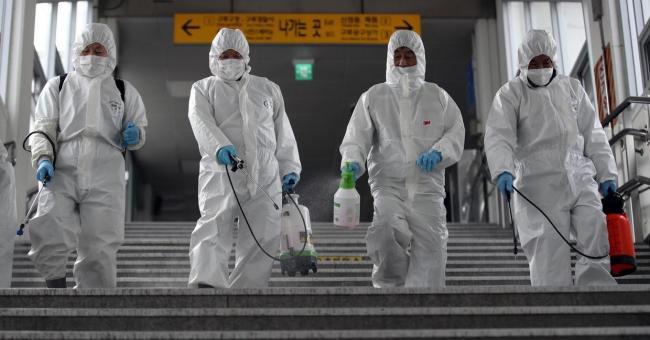 Mobilisation mondiale contre la pandémie du COVID-19