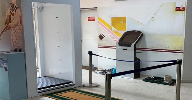 CRTS de Casablanca : mise en place d'une cabine de désinfection 100 % marocaine