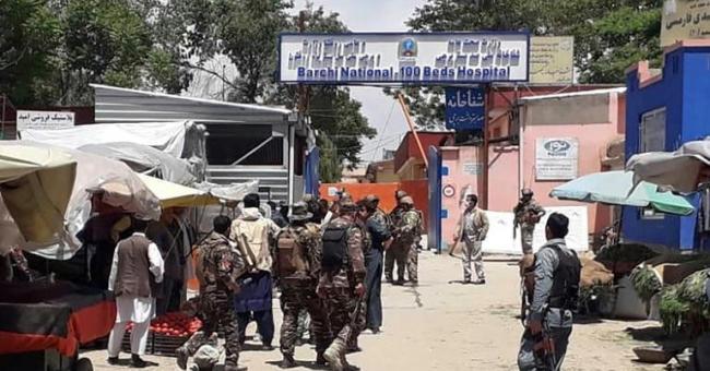l'Afghanistan reprend les hostilités avec les Talibans