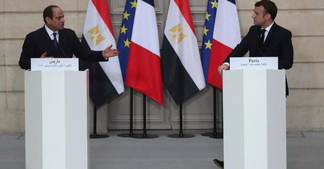 Le président égyptien Abdel Fattah al-Sissi et son homologue français Emmanuel Macron, 7 décembre 2020, Paris © AFP