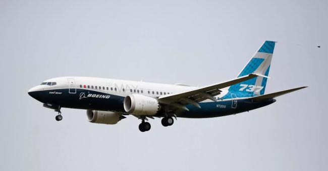 Un avion Boeing 737 MAX après un vol d'évaluation à Seattle, aux États-Unis, le 30 septembre 2020 © AFP