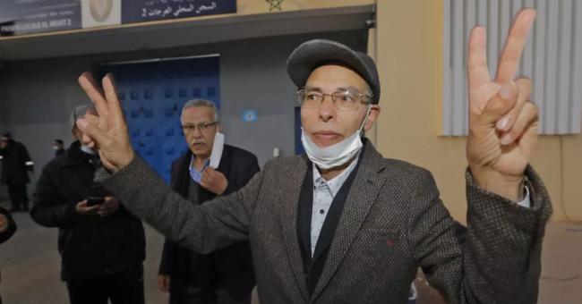 L'historien marocain Maâti Monjib a été remis en liberté provisoire, le 23 mars 2021, après 19 jours de grève de la faim. © STR, AFP