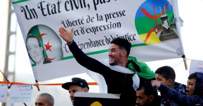 """L'Algérie et sa """"politique de diversion"""""""