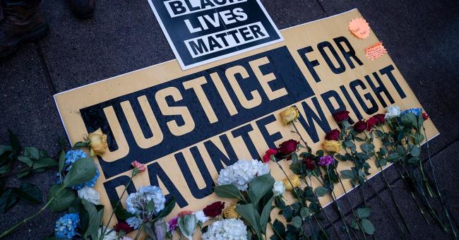 USA : Minneapolis toujours en colère