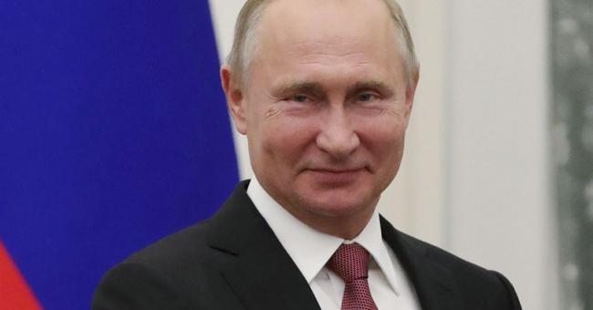 Russie : Vladimir Poutine acte une loi lui permettant de gouverner jusqu'en 2036