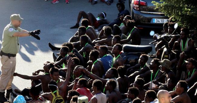 86 migrants ont forcé la barrière entre le Maroc et Melilia