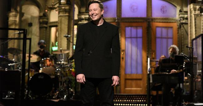 Elon Musk, présentateur-invité de SNL © DR