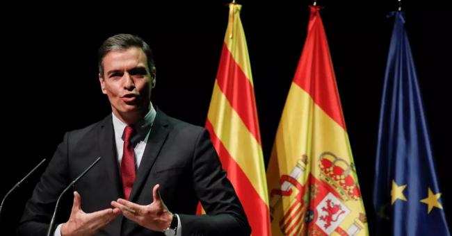 Le Premier ministre espagnol Pedro Sanchez s'exprime au théâtre de Liceu, à Barcelone, le 21 juin 2021 © Reuters