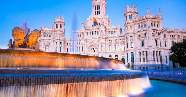 La fontaine de Cybèle, un monument de la ville de Madrid, en Espagne © IStock.com