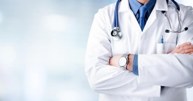 Recrutement de médecins étrangers : les exigences des syndicats de la santé