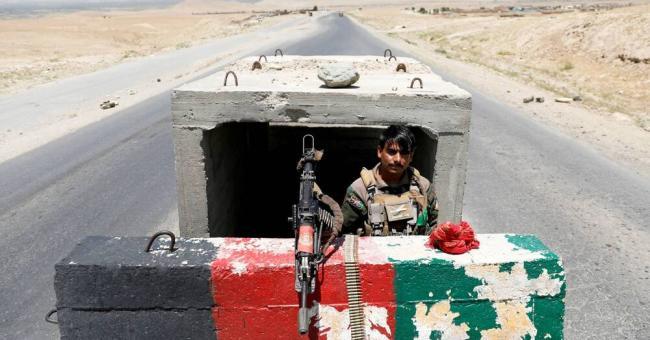 Afghanistan : les talibans continuent de gagner du terrain