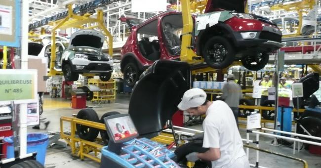L'industrie automobile rebondit et dépasse les niveaux pré-pandémiques