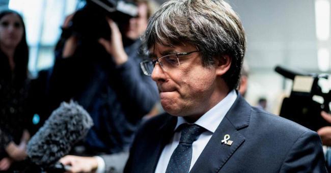 Le séparatiste catalan Carles Puigdemont arrêté en Italie