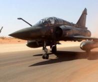 Un Mirage 2000 français à Niamey, au Niger, d'où partent les avions menant des frappes aériennes dans tout le Sahel. © Ministère français de la Défense