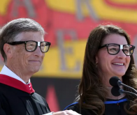 Bill et Melinda Gates à Stanford, en juin 2014 © Getty Images